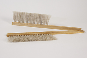 Bee Brush Plastic Hair Image