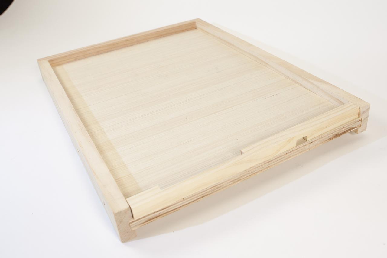 Hive Bottom Board Image